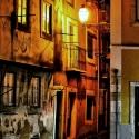 [ 18 VOTO(S) ] - AUTOR: Paulo Roberto | TEMA: Pelas velhas ruas de Lisboa Perdi-me...